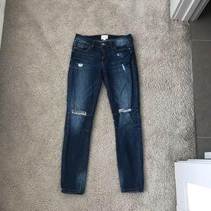 7b5b735b540 id: 23. Ripped jeans